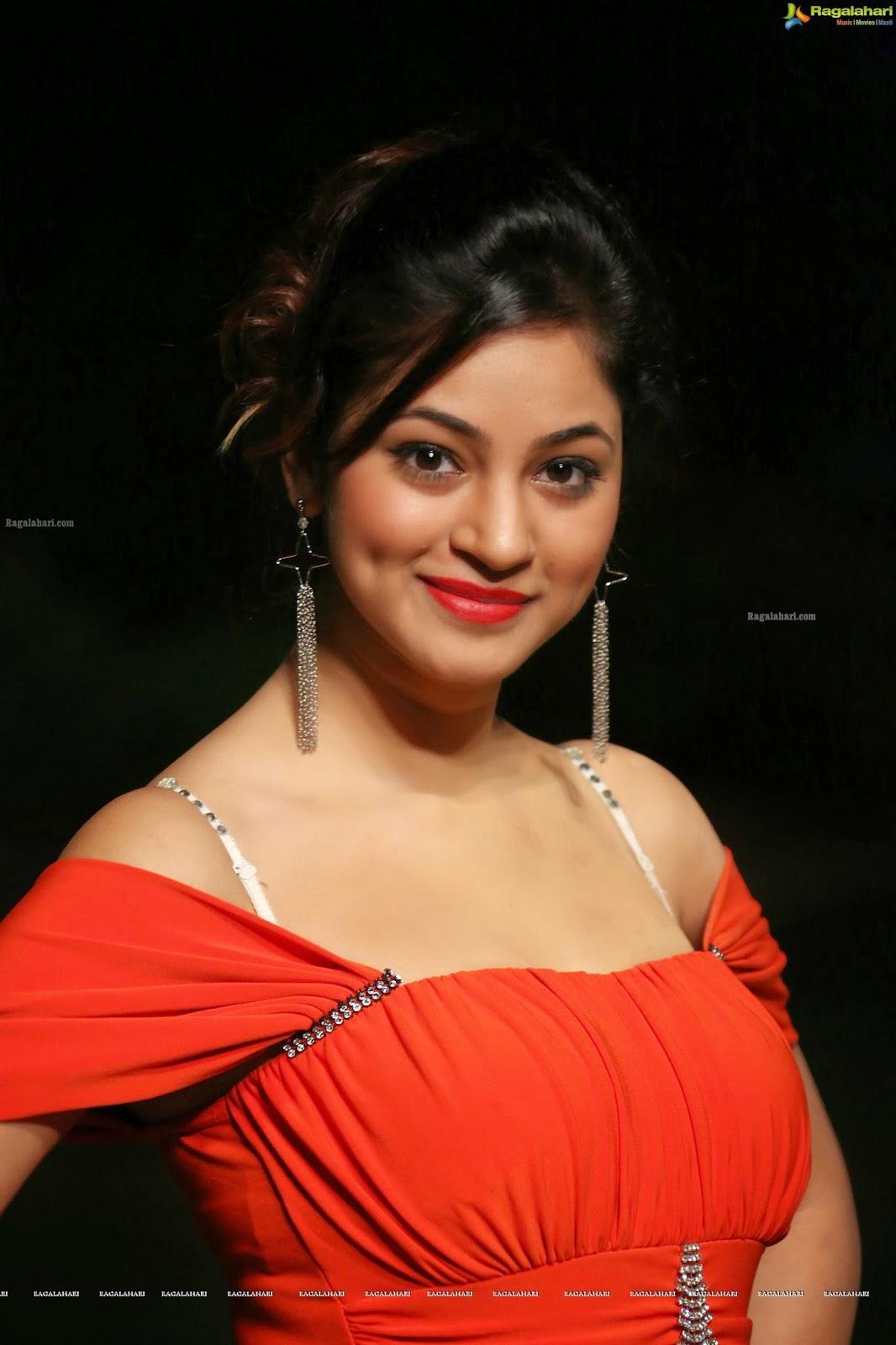 Shilpi Sharma Hot Photos - Photo 1 of 65