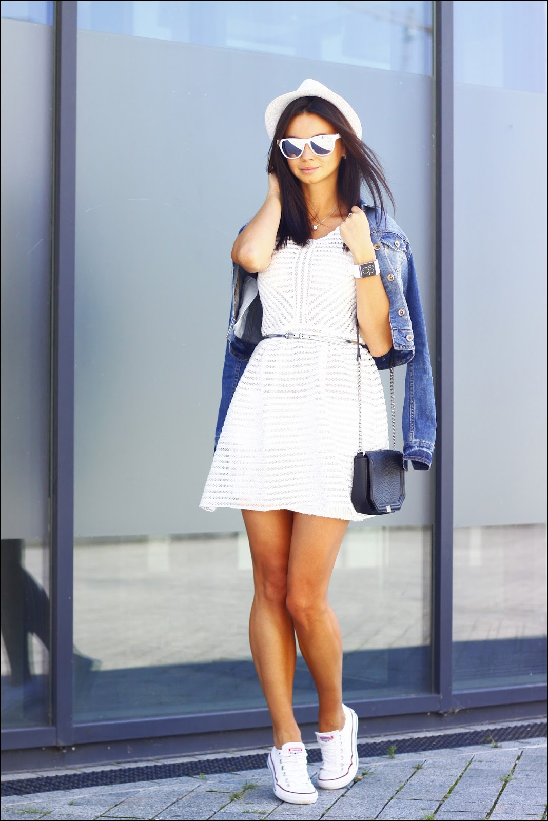 One Dress Two Ways 171 Dress And Sneakers 187 Anna Mour
