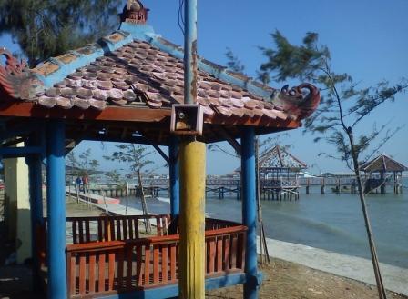 Solusi wisata keluarga di Pantai Awang Beach Rembang, Jawa Tengah