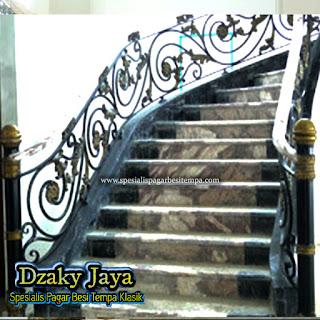 Railng Tangga Tempa Mewah, railing tangga besi tempa minimalis railing tangga klasik modern railing tangga klasik minimalis