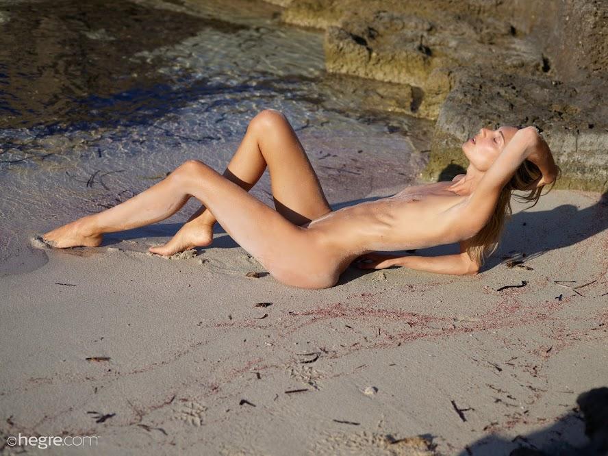 [Hegre-Art] Francy - Top Nude Model re
