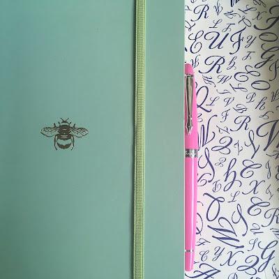 Pink Plooms fountain pen
