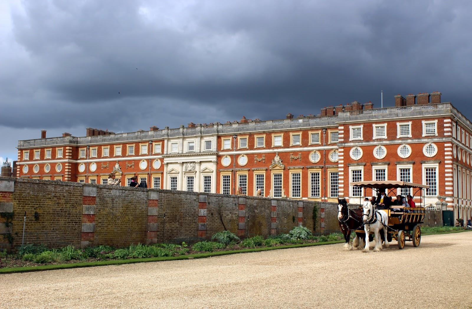 Garden grounds at Hampton Court Palace, Horse and Cart, Carriage