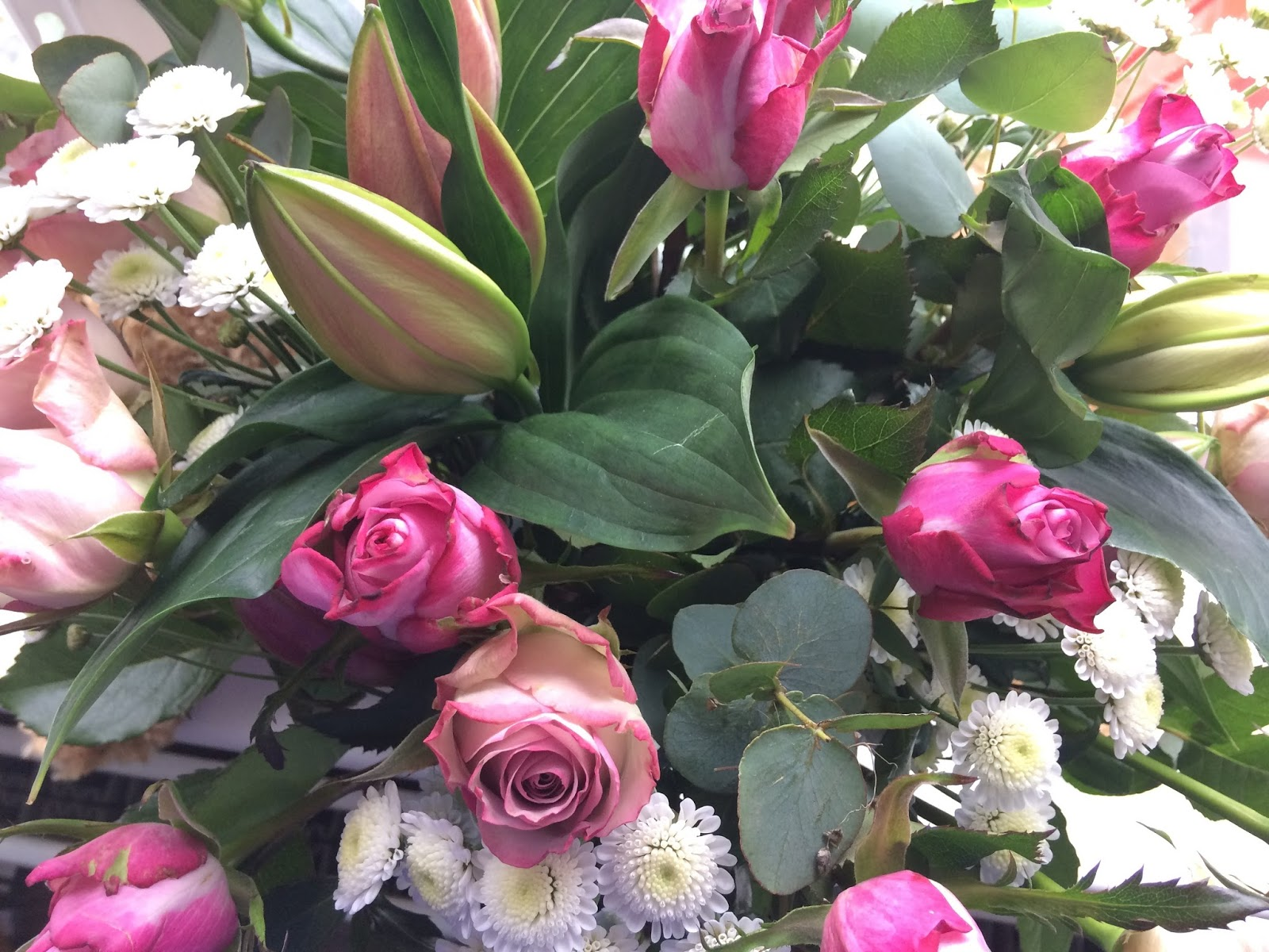 Luxury mothers day flowers review prestige flowers truly madly i received an email from prestige to say that the bouquet was to be delivered at the end of the week i was a little concerned that this would coincide with izmirmasajfo Choice Image