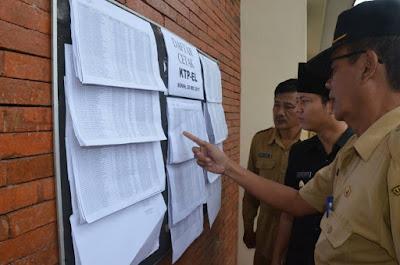 Wabup Arifin Tinjau Pelayanan Dokumen Pendudukan di Awal Puasa
