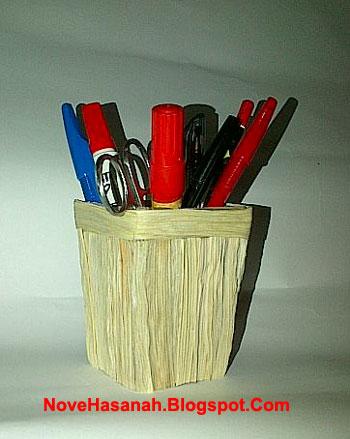 Cara Membuat Hiasan Pensil Dari Kulit Jagung : membuat, hiasan, pensil, kulit, jagung, HASANAH:, Prakarya, Kulit, Jagung, Kardus