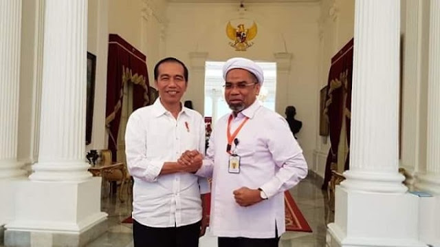 Bahas Freeport, Ali Ngabalin: Hanya Presiden Jokowi yang Berani Melakukan Perlawanan