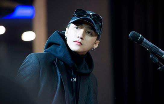 Sơn Tùng M-TP cực ngầu trong buổi tổng duyệt fan meeting tại Hàn
