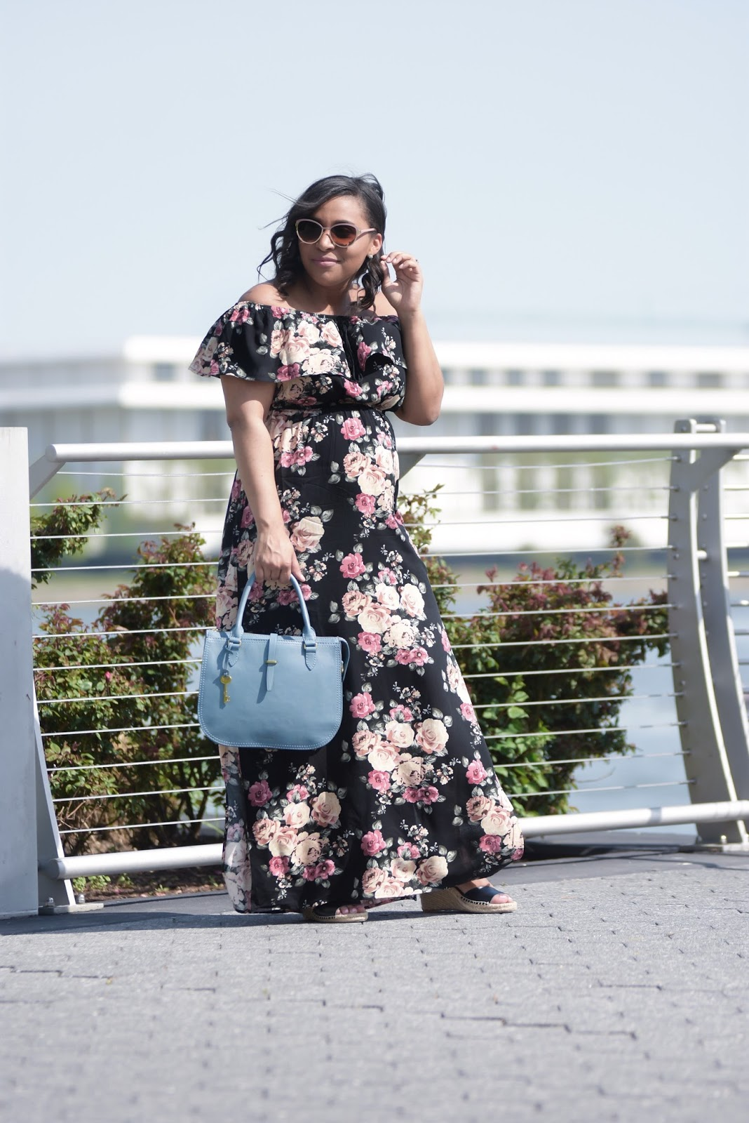 Mom blogger, maternity style, floral dress, spring dress, pregnant fashion, third trimester, 28 weeks pregnant, maternity fashion
