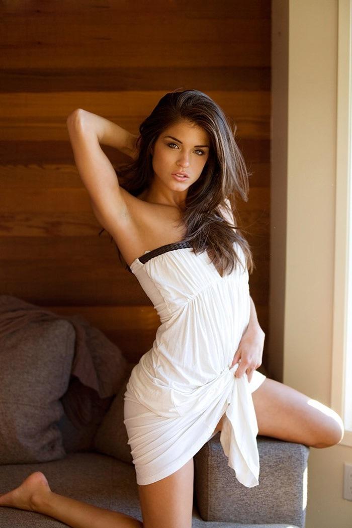 Marie Avgeropoulos Pictures Gallery  Film Actresses-1548