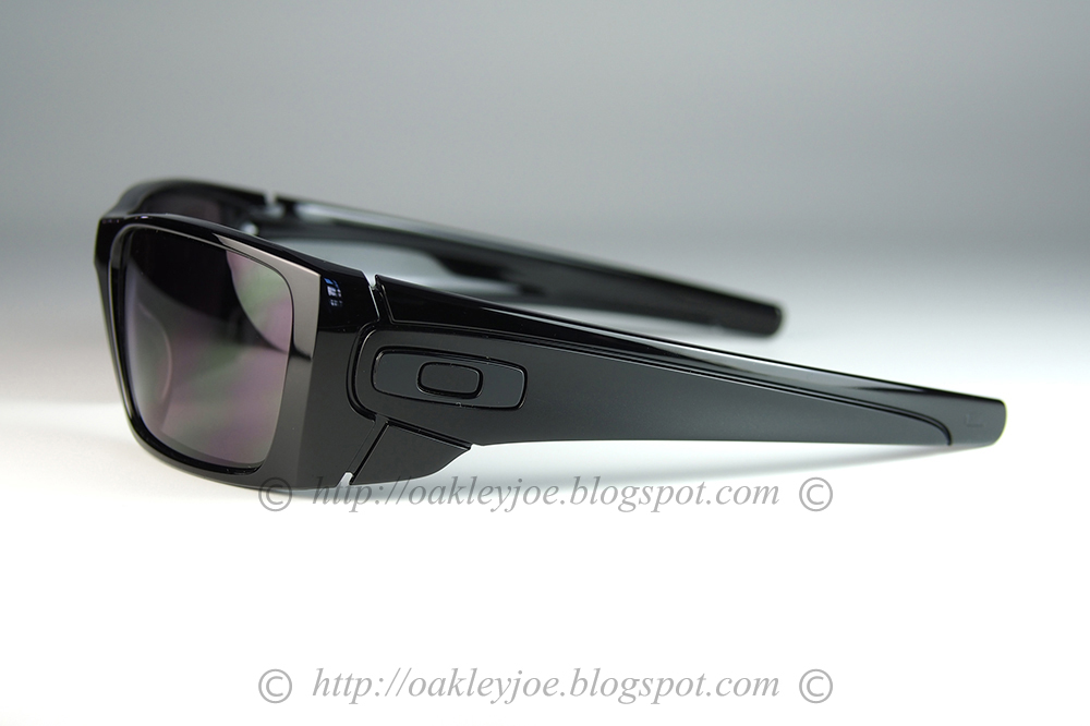 8ce374a21bf9 oo9096-01 Fuel Cell polished black + warm grey $160 lens pre coated with  Oakley hydrophobic nano solution. Comes with box and Ferrari microfiber  pouch