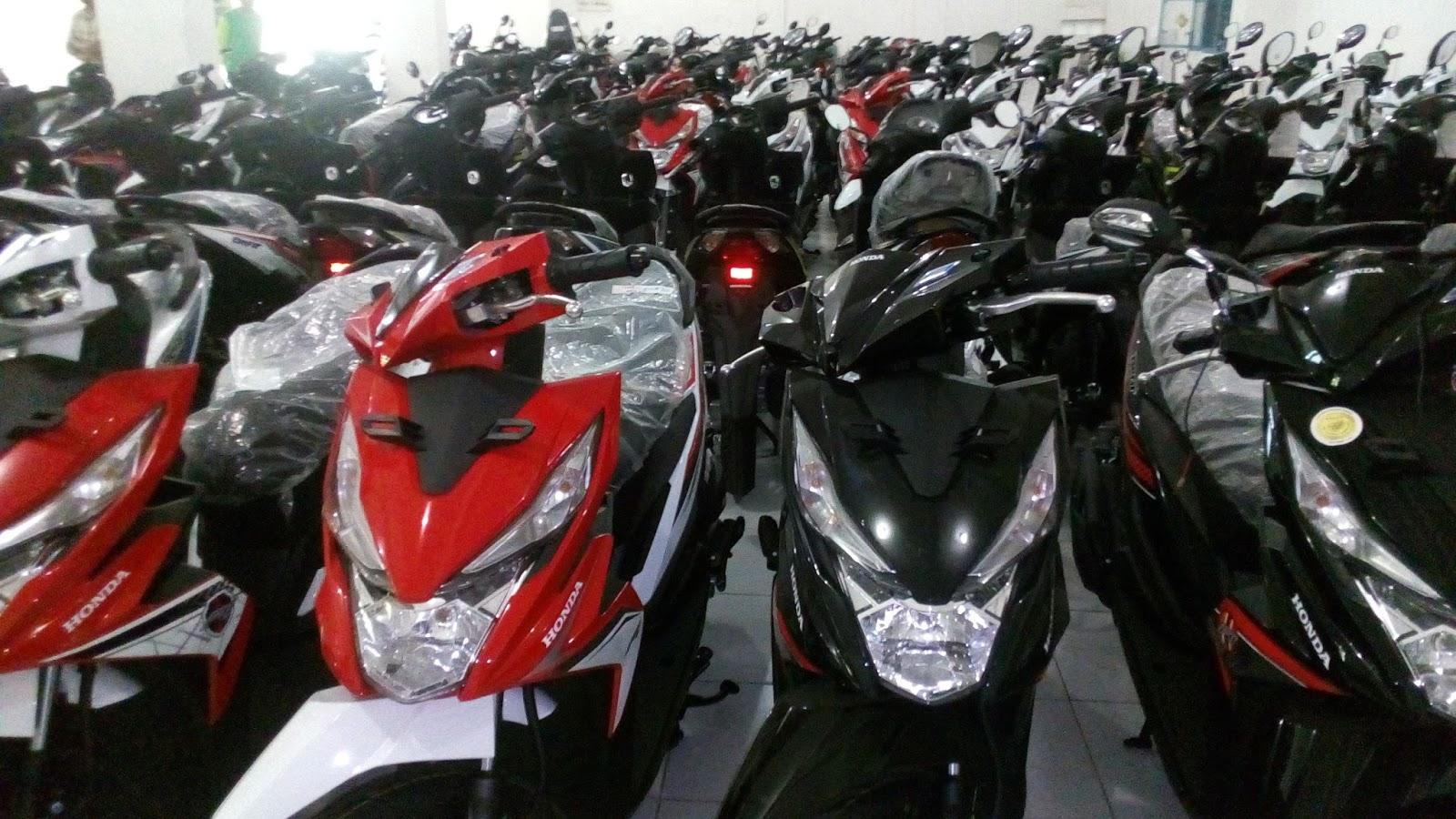 Kredit Sepeda Motor Honda Di Solo Promo Murah New Beat Street Esp Black Cilacap Harga Scoopy Karanganyar Tabel Angsuran Boyolali Dp 500 Program