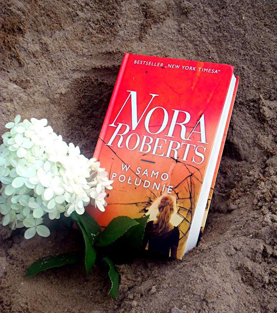 """""""W samo południe"""" Nora Roberts"""