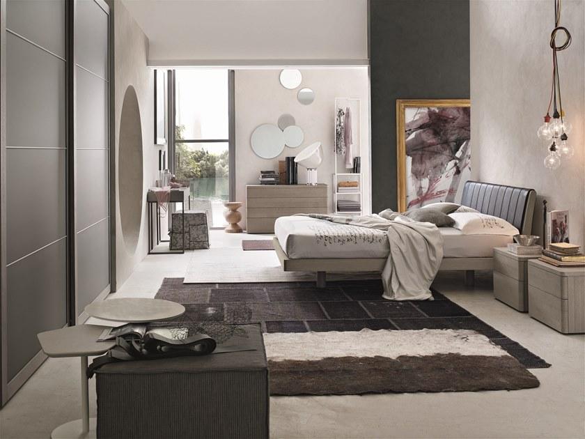 Jak zostosować okrągłe lustra w sypialni?