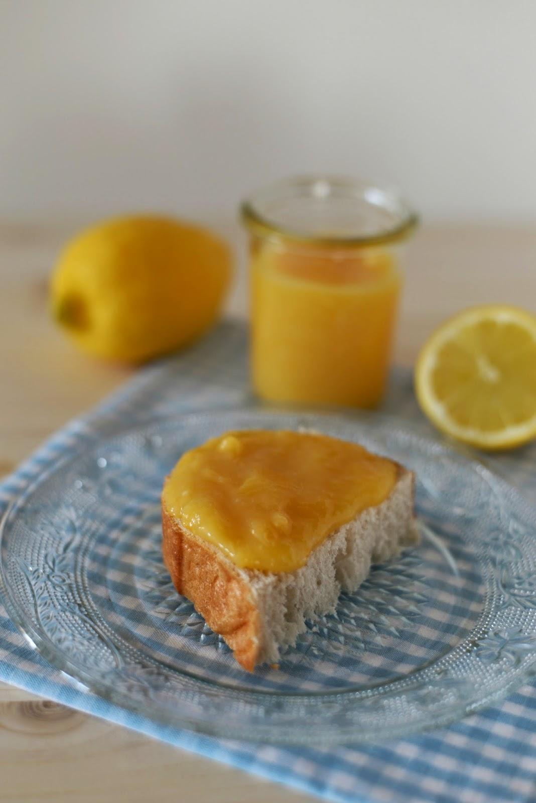 kipferl und krapferl der fr hling schmeckt nach lemon curd. Black Bedroom Furniture Sets. Home Design Ideas