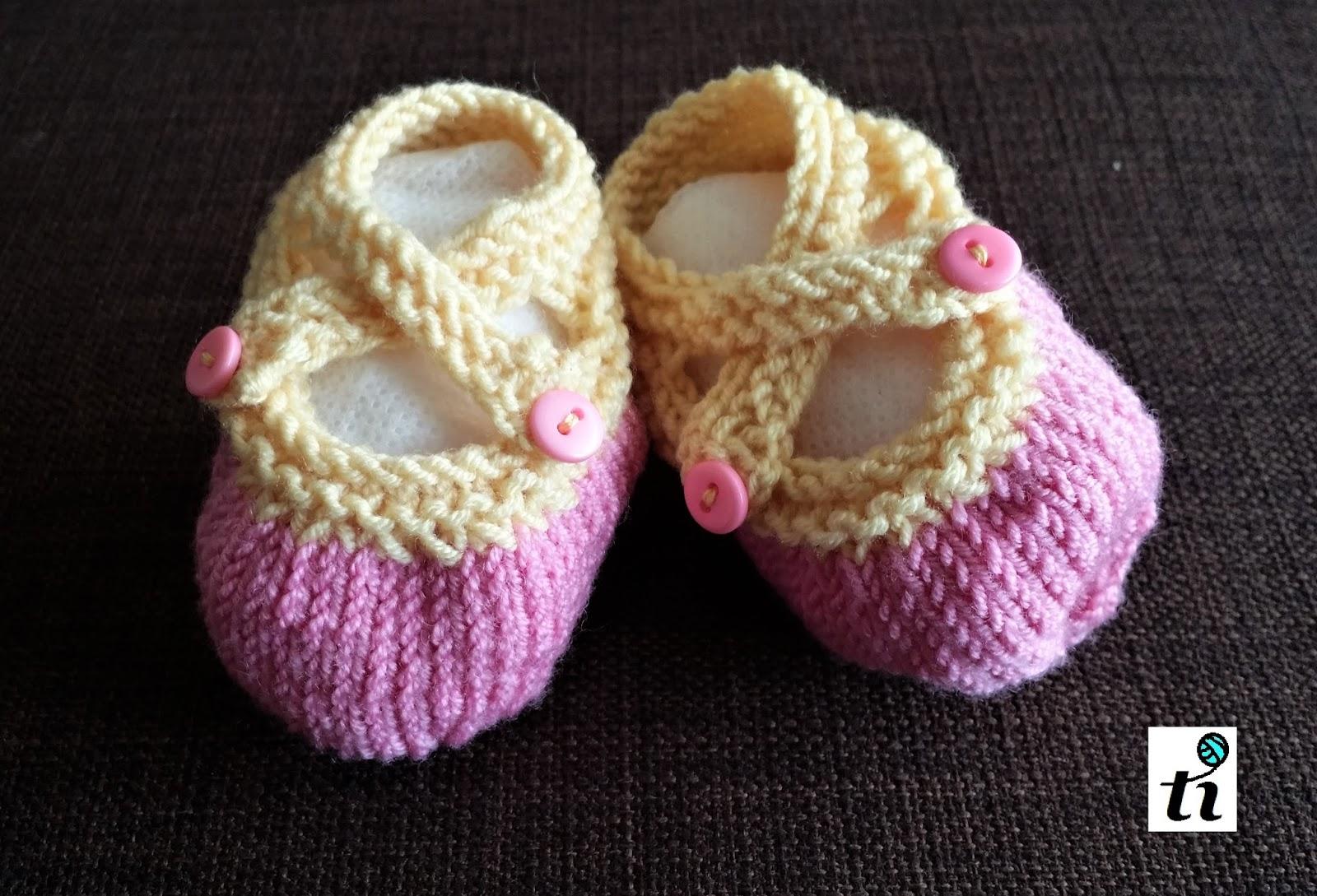 0b766bcb Użyłam wełny DROPS Baby Merino (100% wełny merynosa). Tej samej, z której  zrobiłam wcześniej ażurowy sweterek . Robiłam na drutach 3,25 i szydełkiem  3,00 ...