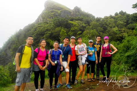 hover_share Yodi and new friends at the camp site with view of Mt. Pico de Loro summit at the background