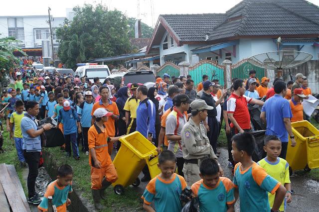 Kecamatan Batang Hari Leko Bersih Sampah
