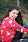 Mannara Chopra Sizzling Stills-thumbnail-11