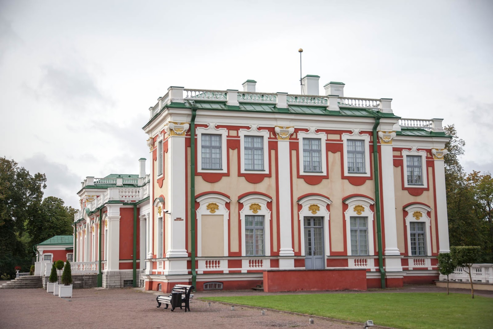 Kadriorgin palatsi Tallinna
