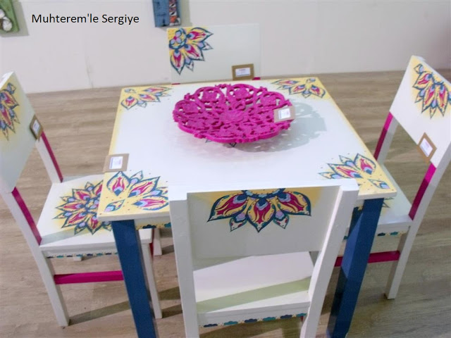 wood painting table