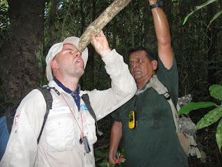 Training with Amazon Explorer (Iquitos, Peru) for the jungle
