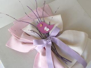 σετ βάπτισης ξύλινο κουτί πουλάκια εκρού ροζ για κοριτσάκι