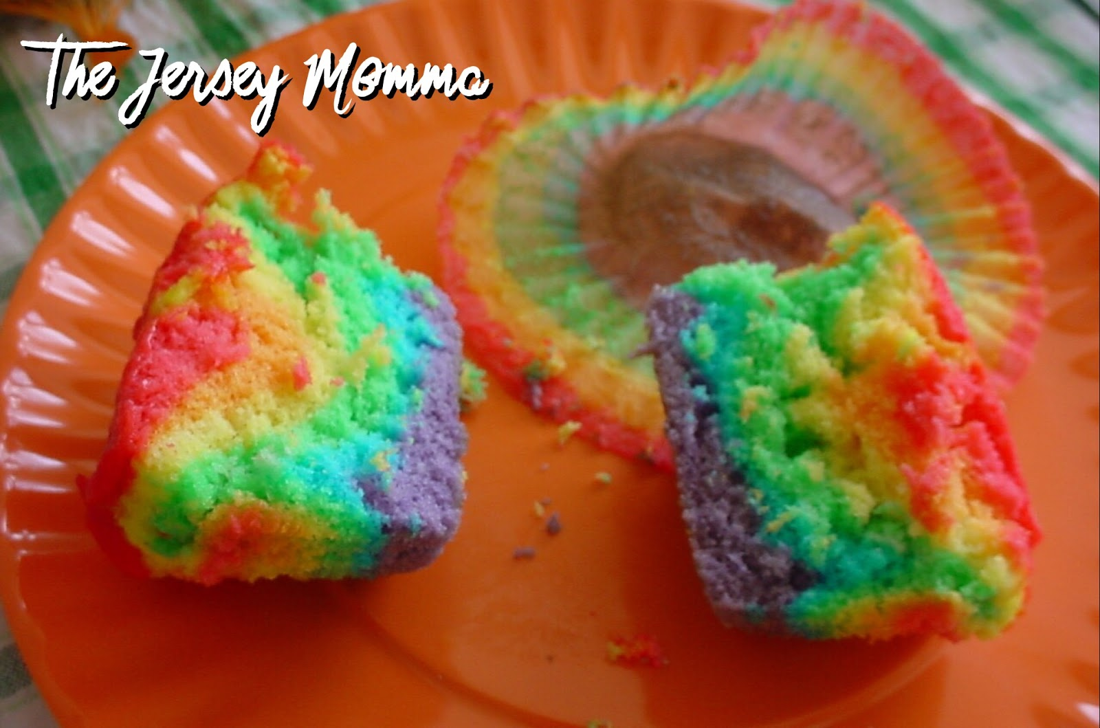 The Jersey Momma: How to Make Rainbow Cupcakes: A DIY Tutorial