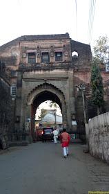 Maheshwar fort entrance