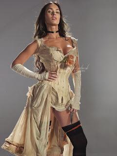 Megan Fox Sexy Legs 4