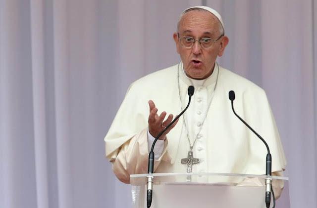 Paus Fransiskus Tegaskan Pembantaian Muslim Rohingya Konflik Agama dan RAS