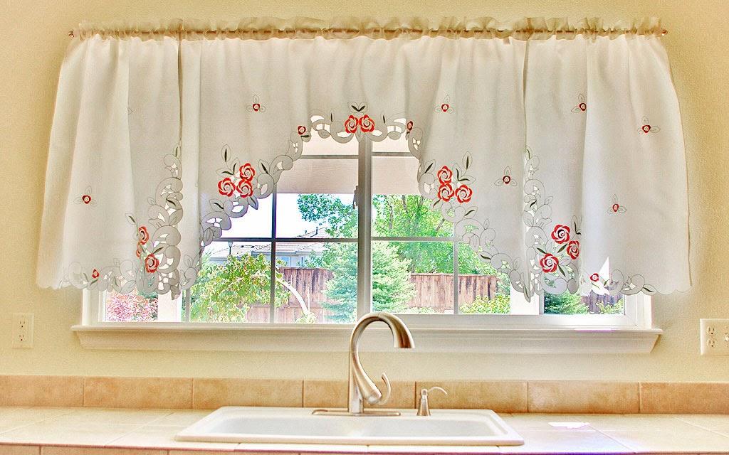 choisissez vos rideaux cuisine judicieusement rideau cuisine. Black Bedroom Furniture Sets. Home Design Ideas