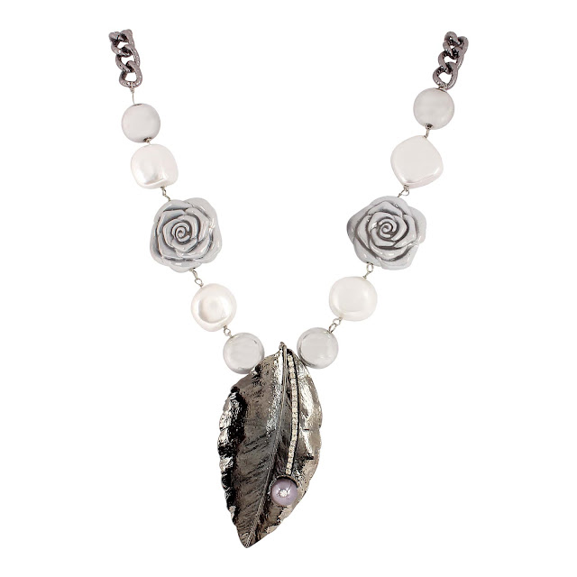 Shillpa Purii launched her silver colour inspired Jewellery line