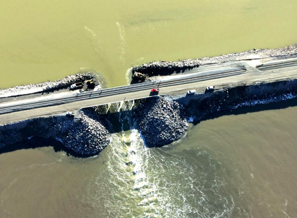 Changes in Great Salt Lake under observation after causeway breach