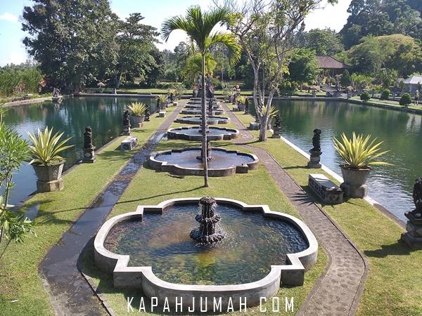 Taman Air Tirta Gangga di Karangasem
