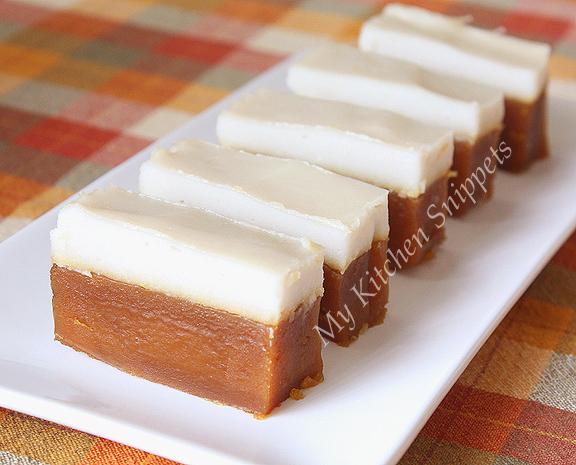 My Kitchen Snippets: Kuih Talam Gula Melaka/Steamed Palm Sugar Cake