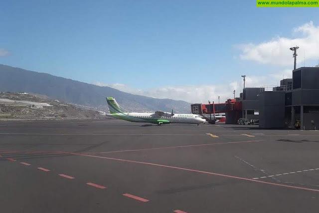 La Consejería de Obras Públicas, Transportes y Vivienda y la aerolínea Binter acuerdan ampliar la oferta de vuelos entre islas