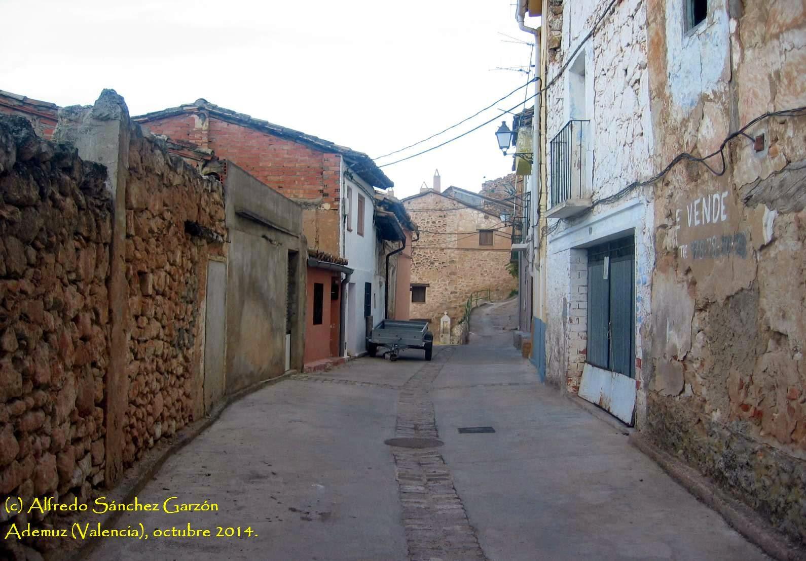 ademuz-calle-vallado-castillo