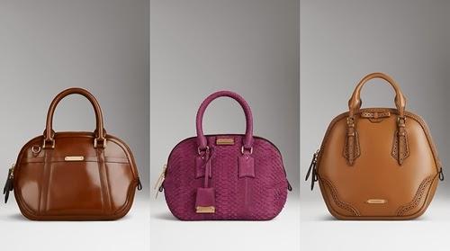 e9b895a35c36c Uzupełnieniem płaszcza i kraciastej apaszki jest elegancka torebka.  Tegoroczna kolekcja torebek Burberry obfituje w klasyczne modele