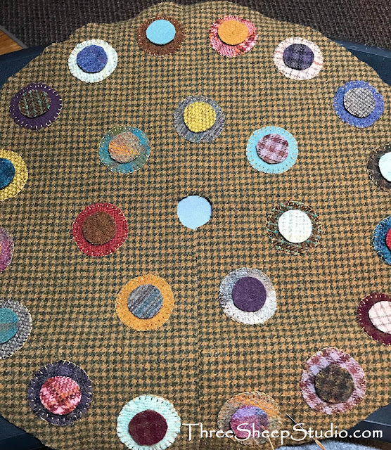 Wool Penny Tree Skirt by Rose Clay at ThreeSheepStudio.com