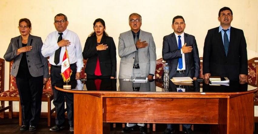 Designan a nuevo director en la DRE Apurímac (Tito Medina Warthon) www.dreapurimac.gob.pe