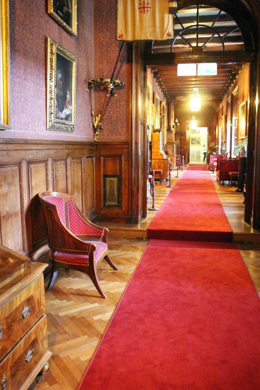 dywan w korytarzu