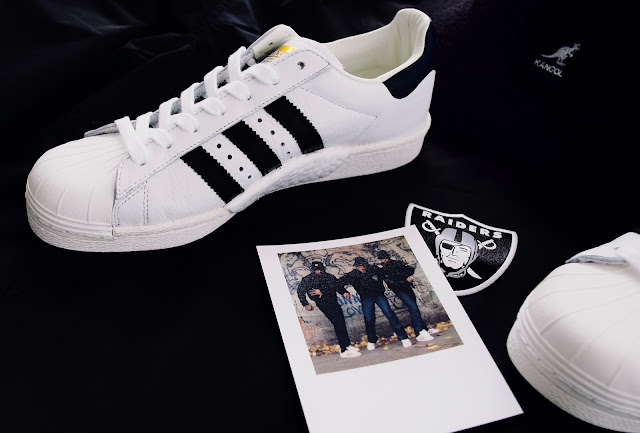 Von RUN-D.M.C. Klassiker zur modernen Legende - der adidas Original Superstar boost