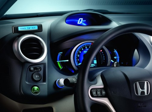 Top 5 Must Have Car Accessories For Every Car Owner The Area51 Com