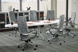 Global Alba Conference Table with Elliptical Top
