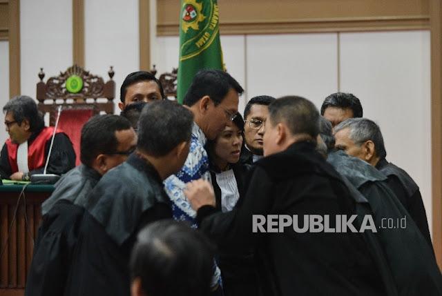 Ahok Divonis 2 Tahun, Hakim: Pidana tidak Terkait Pilkada DKI