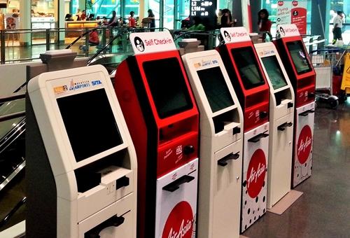AirAsia Menerapkan Layanan Self-Service di Bandara KLIA2