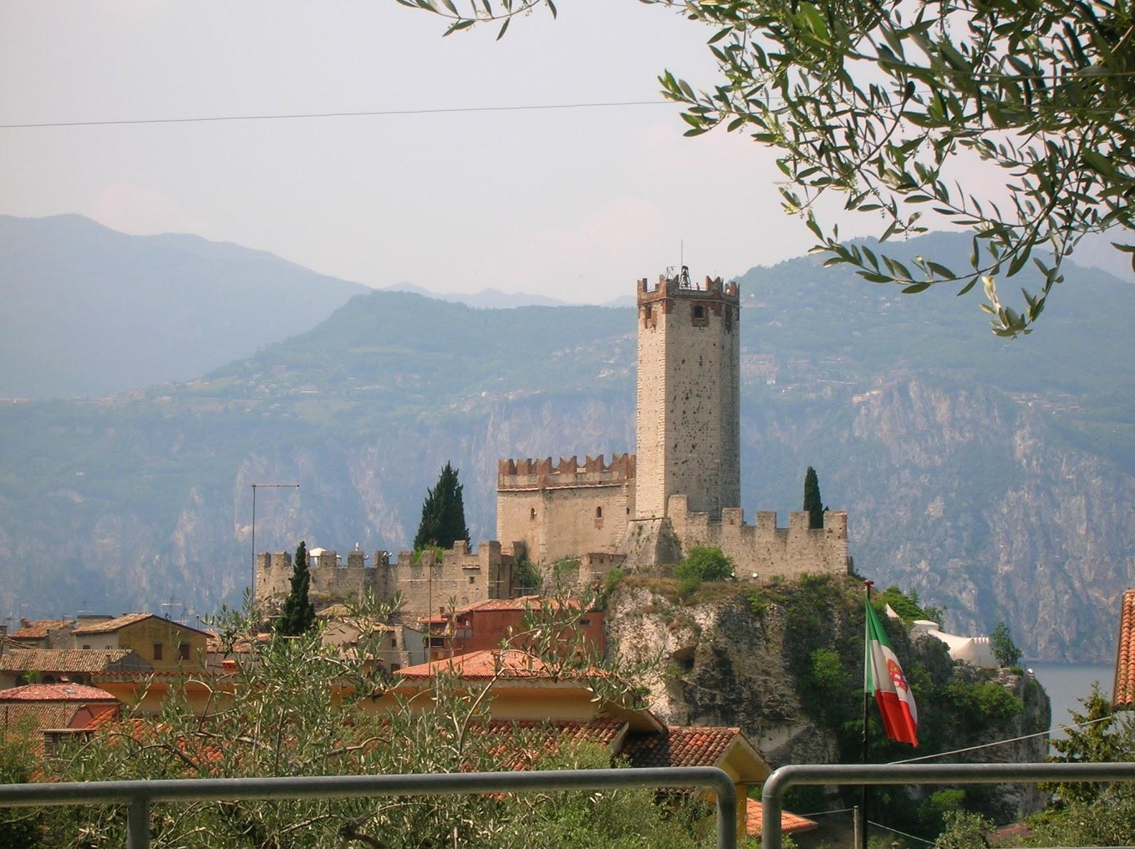 Giardino Zen Lago Di Garda : Trillina pensieri in libertà maggio