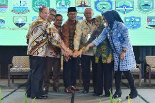 KOPDAR Kang Emil Untuk Sinkronkan Program Wali Kota Dan Bupati Cirebon
