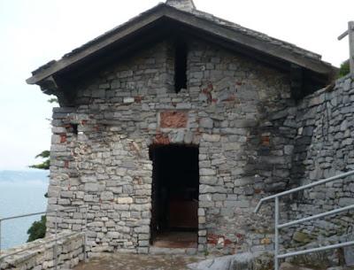 Cappella sull'isola del Tino